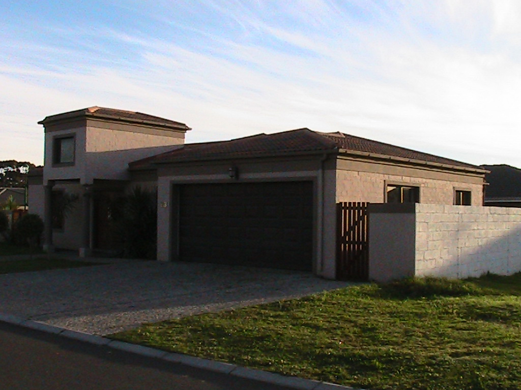 Building and construction companies in cape town home for Housing construction companies